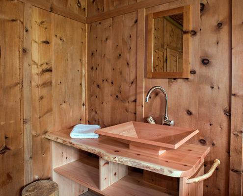Holz-Waschbecken Zimmer Nr. 11